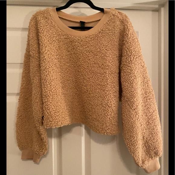 NWOT Wild Fable Teddy Crop Sweatshirt